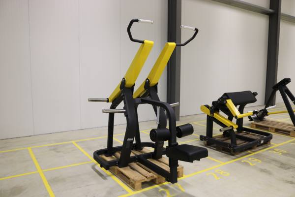 Plate Loaded Lat Pull Down Latzug