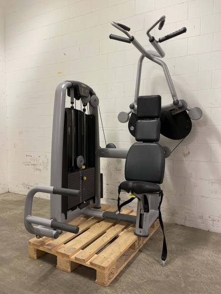 Technogym Selection Line Vertical Traction | Occasion