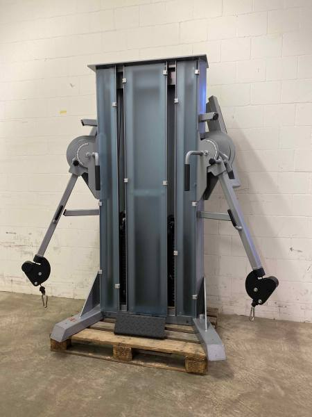 Gym80 Functional Trainer   Occasion Kabelzug